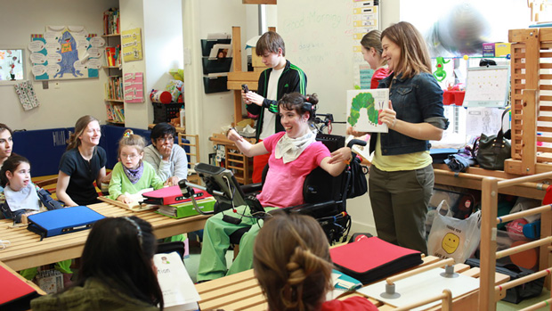 Alba Somoza works as an artist who teaches children in New York City. She and her twin sister Anastasia, both 33, were born prematurely with cerebral palsy.