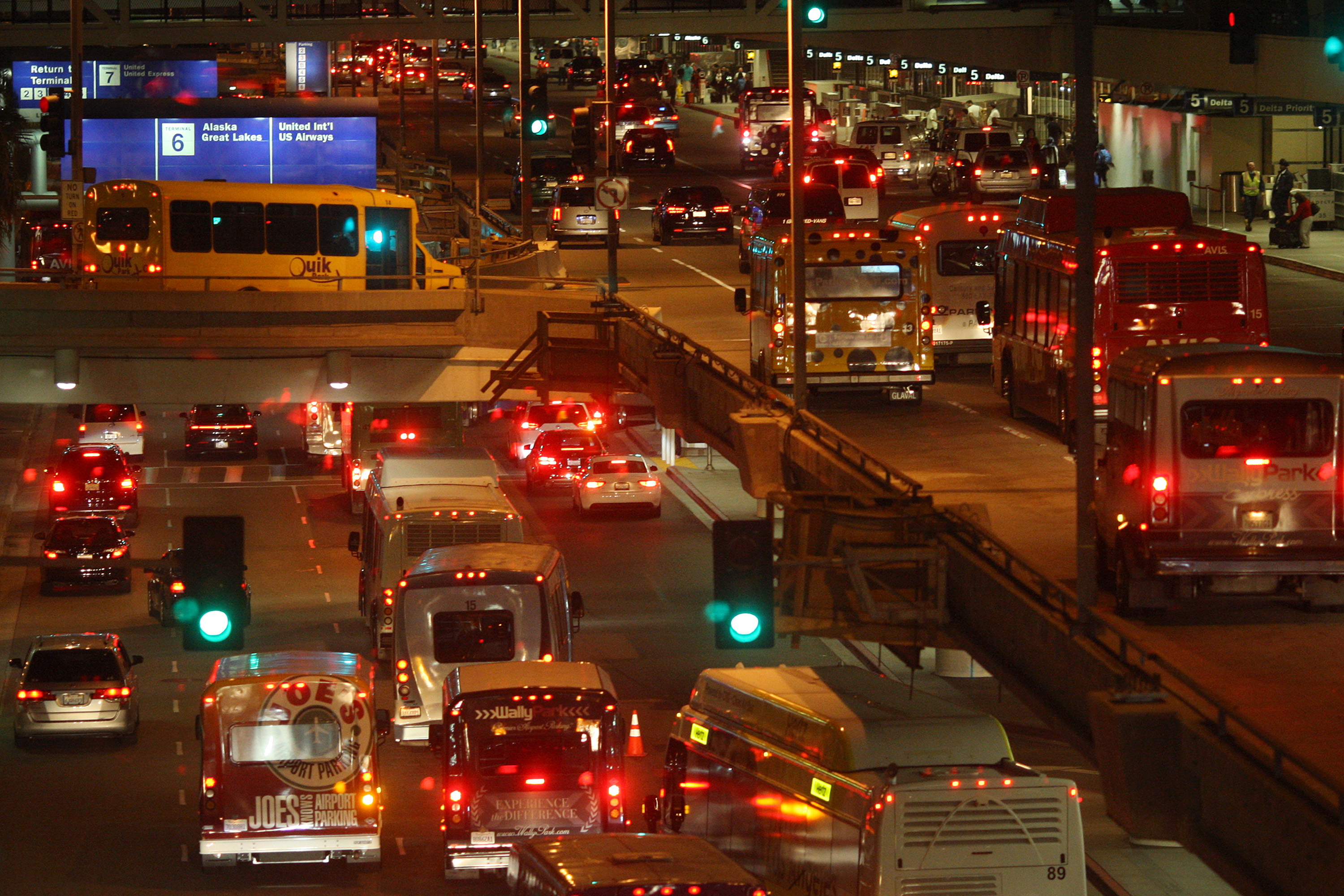 Traffic fills arrival and departure lanes at LAX as people travel to Thanksgiving holiday destinations on November 26, 2014 in Los Angeles, California.